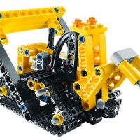 Technique-Lego-Technic---bulldozer-deja-construit